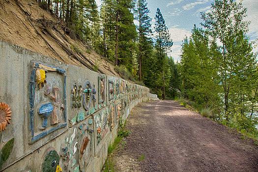 Omaste Witkowski - Mazama Suspension Bridge Trail