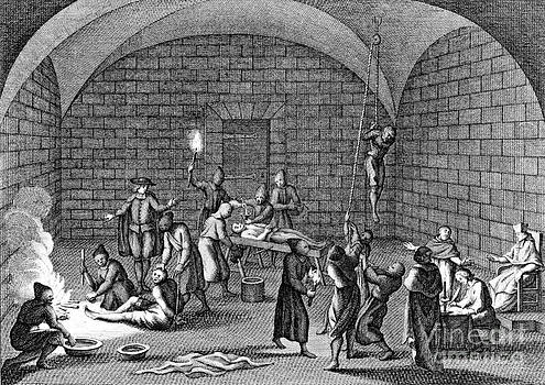 Photo Researchers - Medieval Inquisition Torture Chamber