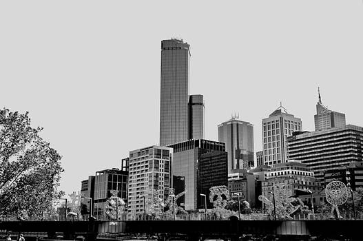 Melbourne from South Bank by Patrick OConnell