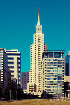 Sonja Quintero - Merch Building Dallas