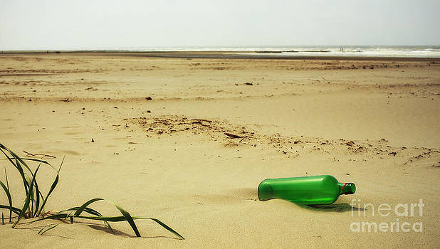 LHJB Photography - Message in a bottle