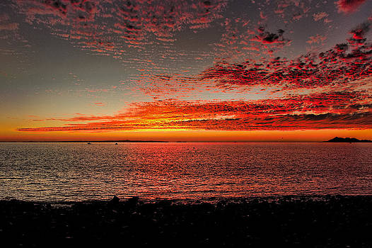 Mexican Sunset by Robert Bascelli