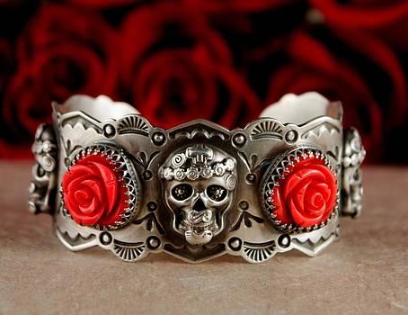 Mi Vida Loca Skull and Roses by Gregory Segura