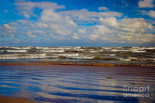 Michigan Waves by Jeanette Brown