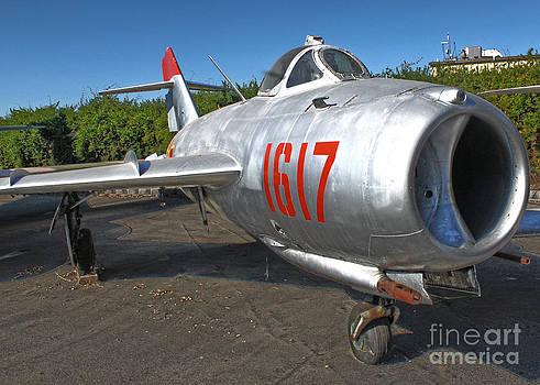 Gregory Dyer - Mikoyan-Gurevich Fresco MiG-17