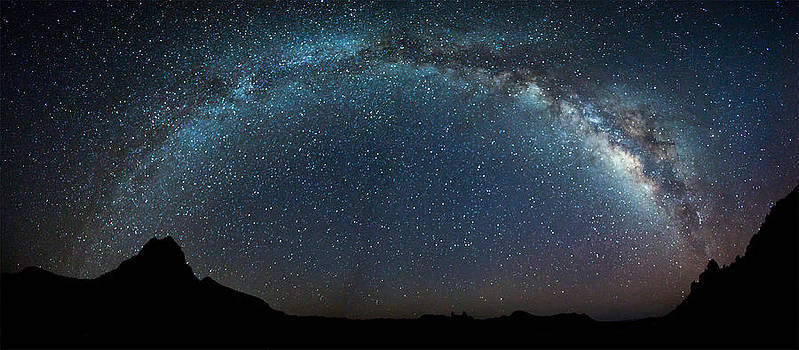 Milky Way Bow by Chris Multop