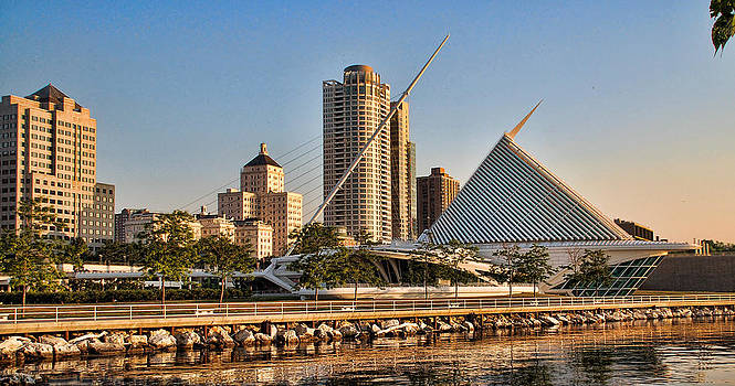 Milwaukee in the morning by Janet Maloy