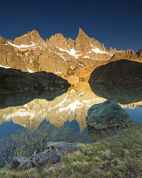 Minaret Lake Sunrise 6. by Laszlo Rekasi