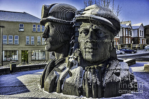 Steve Purnell - Miners In The Snow 1
