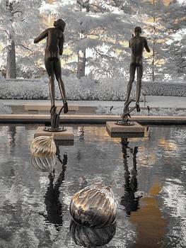 Missouri Botanical Garden Statue by Jane Linders