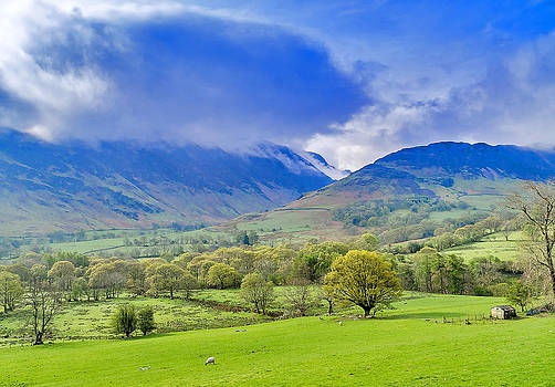 Mist on the Fells by Trevor Kersley