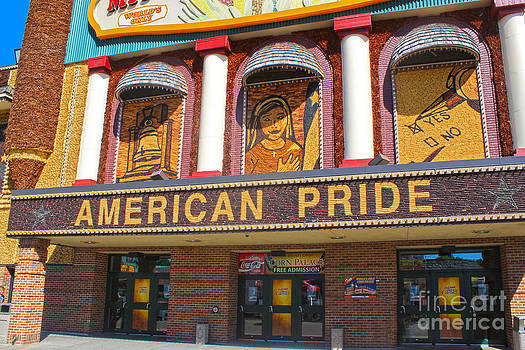 Gregory Dyer - Mitchell Corn Palace - 02