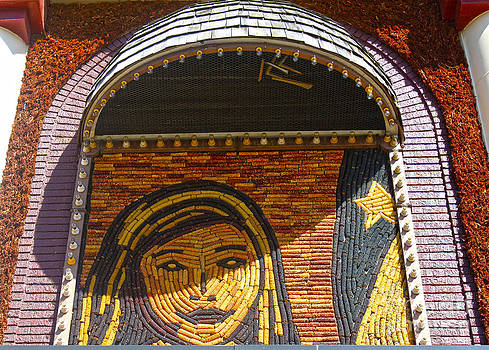 Gregory Dyer - Mitchell Corn Palace - 03