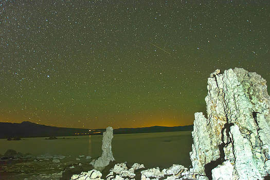 Randall Branham - MONO LAKE NIGHT SKY