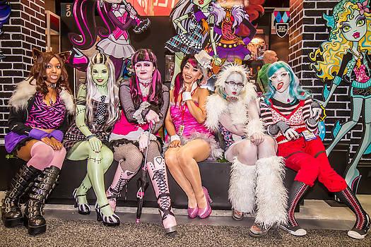 Monster girls  by Andreas Schneider