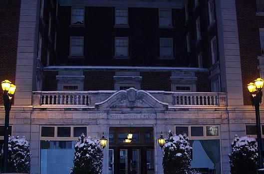 Monte Cristo Hotel by Donald Torgerson