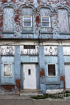 Gregory Dyer - Montezuma Iowa - Blue Brick Building