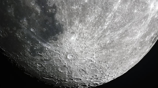 Moon Hi Contrast by Greg Reed