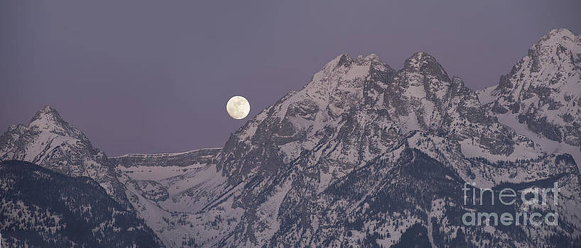 Sandra Bronstein - Moonset on the Grand Tetons