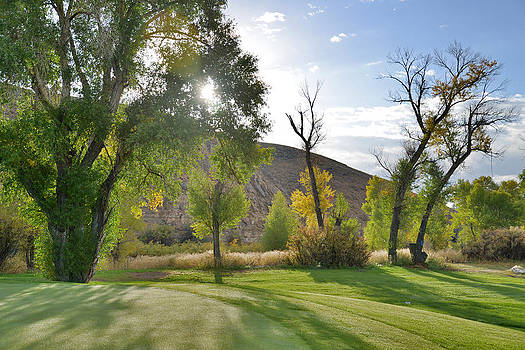 Morning Light at the Rolling Green CC by Eric Nielsen