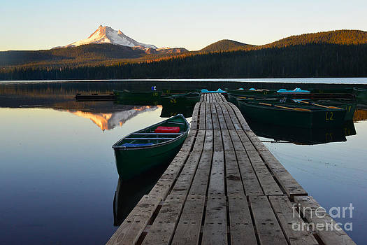 Morning Reflections with Mount Ranier by Jane Axman