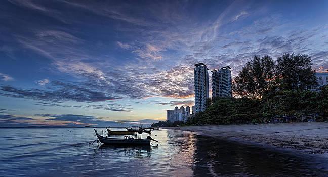 Morning Sail by Mario Legaspi