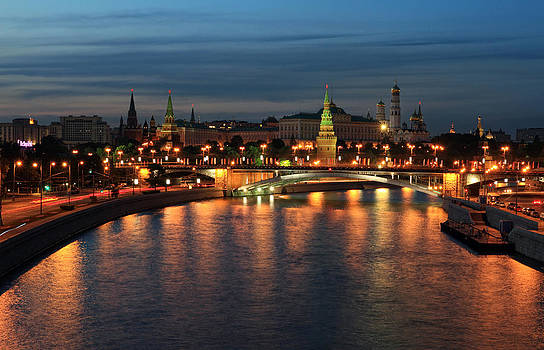 Moscow Kremlin at night by Alex Sukonkin