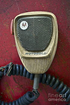 Gwyn Newcombe - Motorola Picking