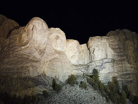 Mount Rushmore at Night by Patrick Derickson
