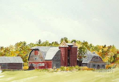 Mount Victoria Farm by Jackie Mueller-Jones