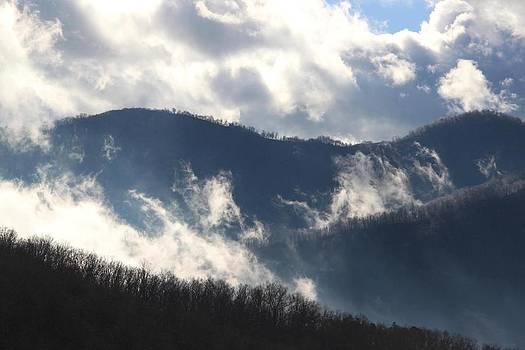 Mountain Clouds by AR Annahita