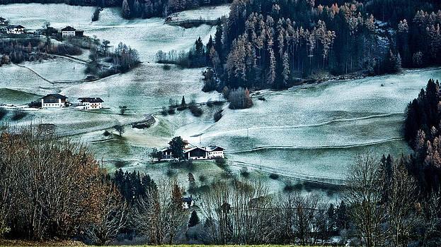 Mountain landscape by Maurizio Incurvati