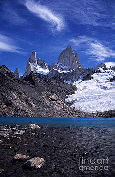 James Brunker - Mt Fitzroy and Laguna de los Tres