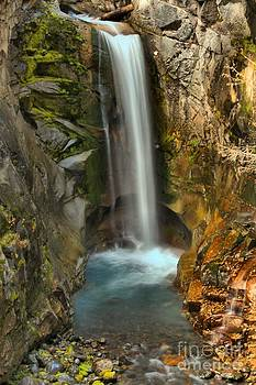 Adam Jewell - Mt Rainier Waterfall