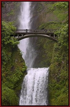 Multnomah Falls Oregon by Gary Grayson
