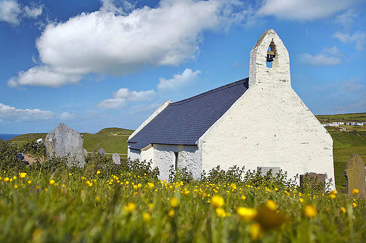 Mwnt Chapel by Andrew Barker