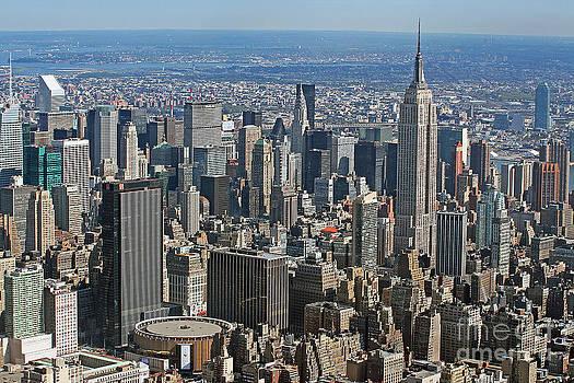 New York Manhattan Areal View  by Lars Ruecker