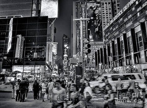 New York Minute In Black And White by Jeff Breiman