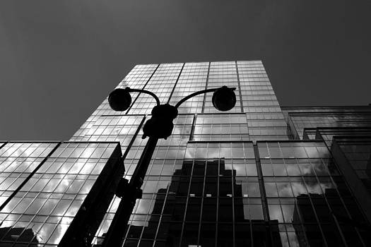 New York streets 2 by Arie Arik Chen