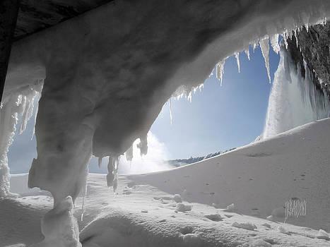 Niagara Falls Frozen by J R Baldini