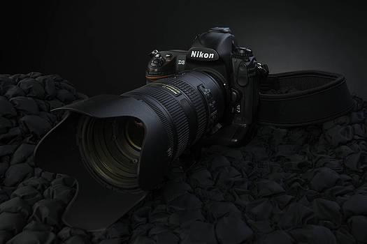 Nikon D3 by Paul Pascal