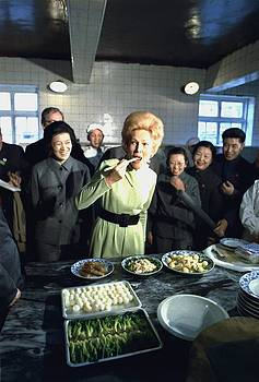Nixon In China. Pat Nixon Samples by Everett