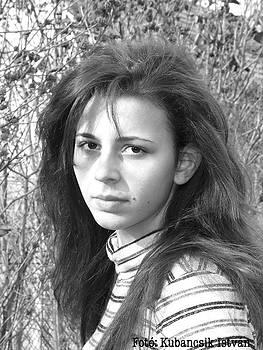 Nora Kubancsik by Stephan Kubancsik