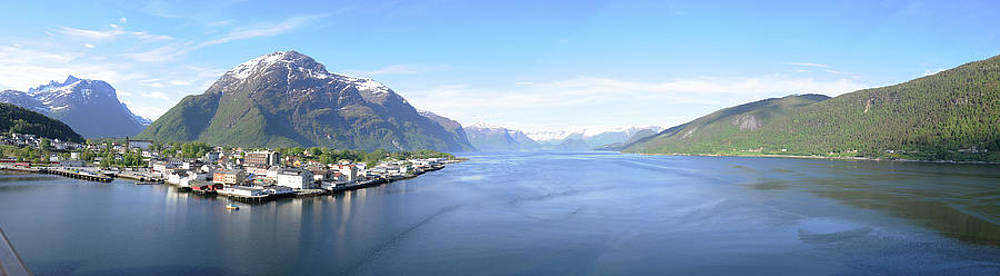 Norway Fjords by Simon Clare