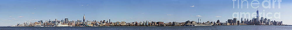 NYC Panoramic by Tony Cordoza