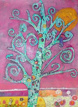 Ode to Klimt by Linnie Greenberg