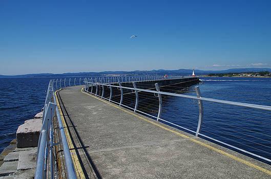 Marilyn Wilson - Ogden Point Breakwater - with railings