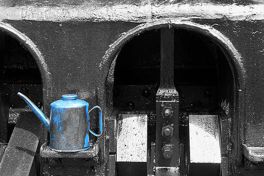 Oil Can and Steam Train by David Yunker