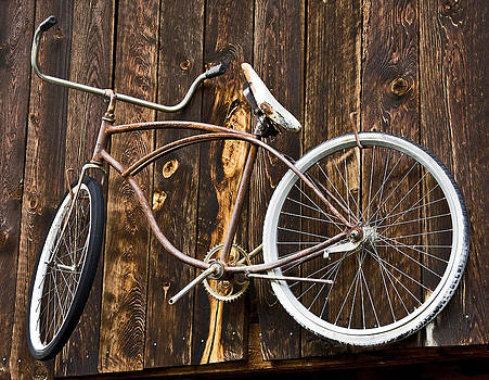 Old bicycle by Patrick Derickson