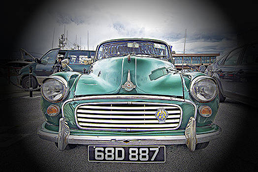 Old Car by Giovanni Chianese